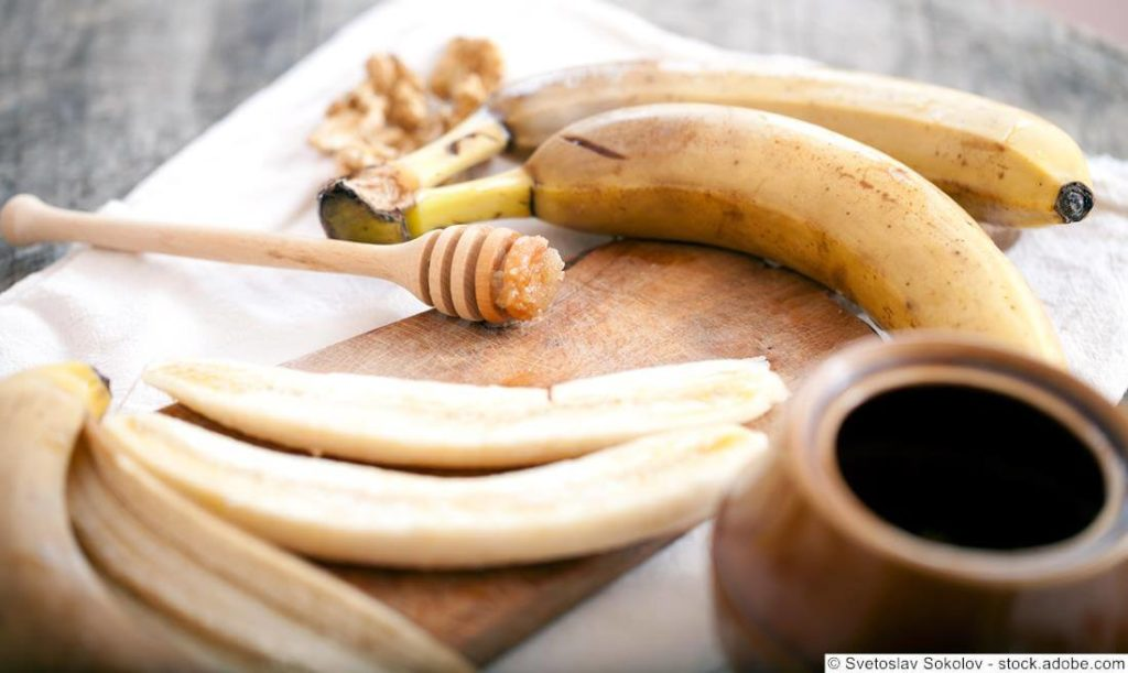 Gesichtsmaske-aus-Banane-Honig