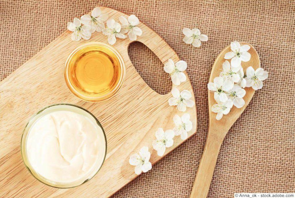 Gesichtsmaske aus Joghurt, Honig